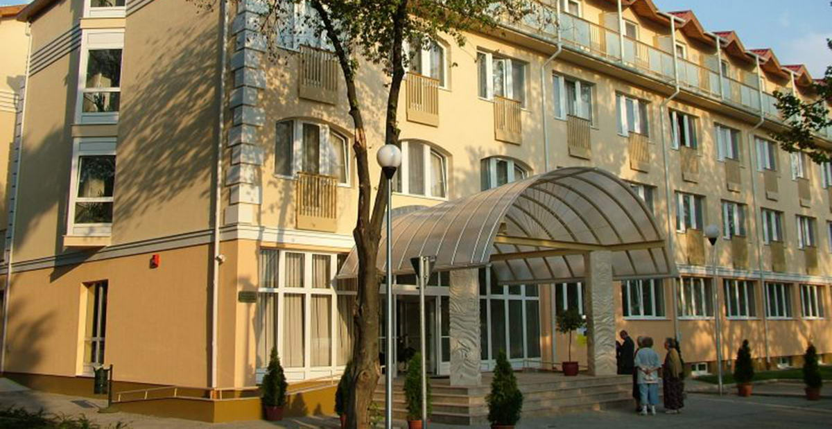 hungarospa_thermal_hotel_utca_front.jpg